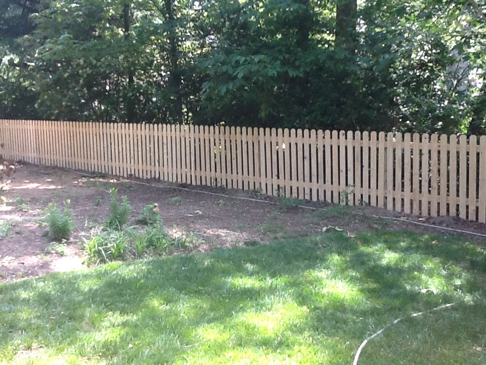 wooden-dog-ear-fence-2